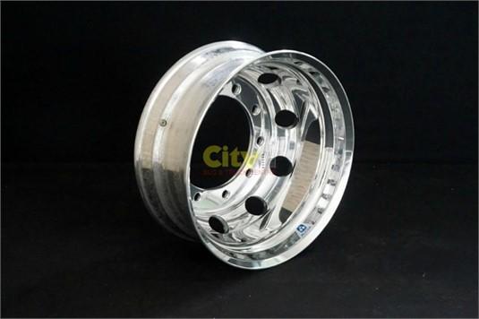 0 Alcoa 10 Stud Volvo Alloy Wheel Rim - Parts & Accessories for Sale