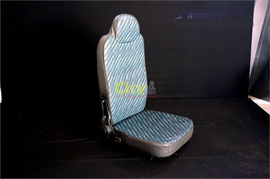 Seat Isuzu Drive Seat - Parts & Accessories for Sale