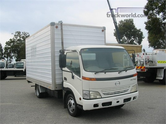 2001 Hino Dutro Raytone Trucks - Trucks for Sale
