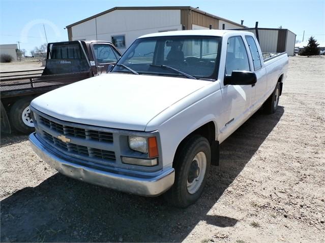 Lot 4732 1998 Chevrolet Silverado 2500