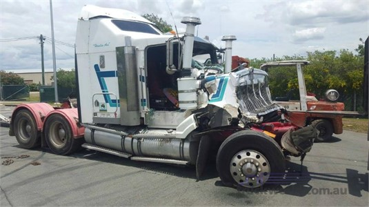 2006 Kenworth T404SAR Wrecking for Sale