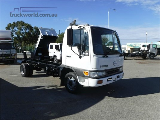 1999 Hino FB Raytone Trucks - Trucks for Sale