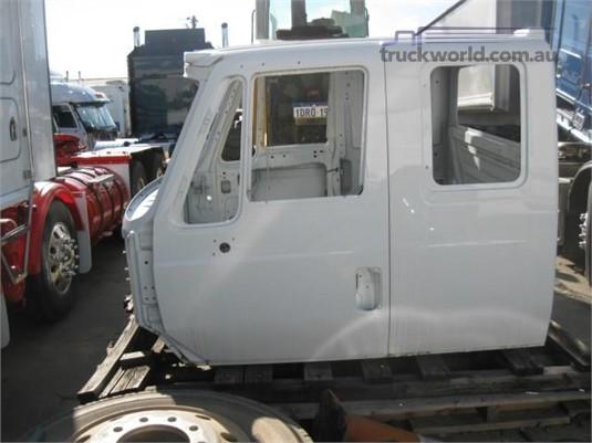 0 International 7600 Sleeper Cabin - Truckworld.com.au - Parts & Accessories for Sale