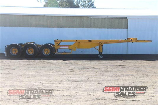 2004 Barker Rollback A Trailer Semi Trailer Sales - Trailers for Sale
