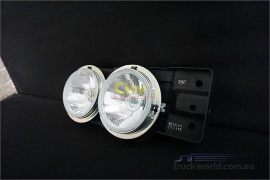 0 Mitsubishi Rosa Bus Headlight - Truckworld.com.au - Parts & Accessories for Sale