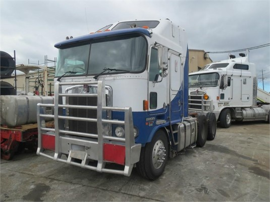 2002 Kenworth K104 - Wrecking for Sale