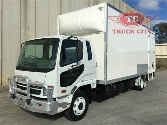 2010 Mitsubishi Fighter 7 Truck City - Trucks for Sale