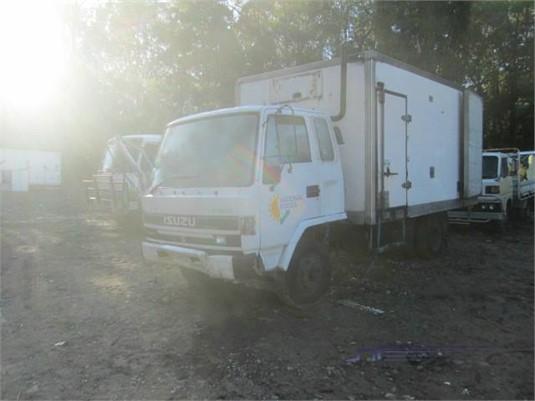 1993 Isuzu FSR 650 Wrecking for Sale