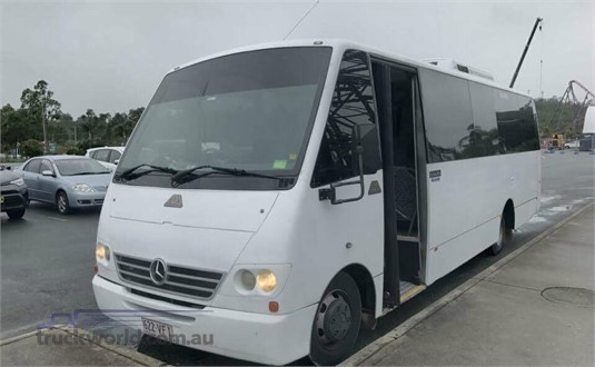2003 mercedes benz vario 815 30 seater mini bus bus for for Mercedes benz charter bus
