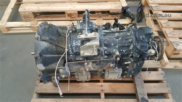 Isuzu Eaton Gearbox FS/8209A Transmission & Gearboxes part