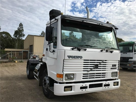 1993 Volvo FL7 - Trucks for Sale