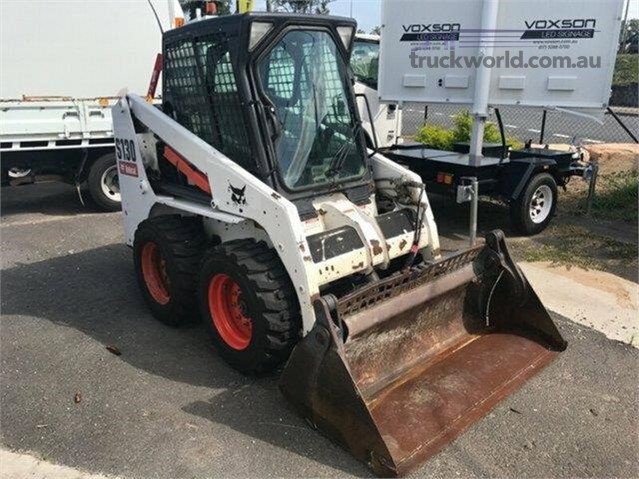 2014 Bobcat S130 Skid Steers heavy machinery for sale Truck