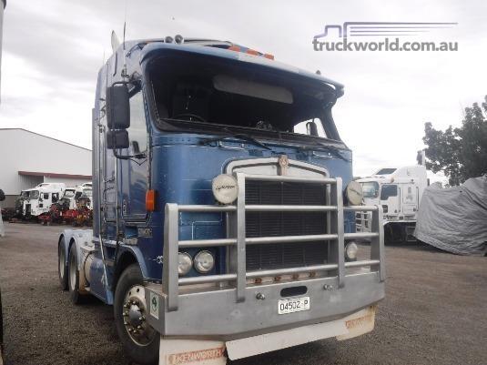 1999 Kenworth K104 - Wrecking for Sale