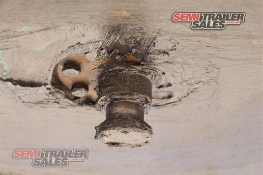 2004 Barker BOGIE AXLE SKEL Semi Trailer Sales - Trailers for Sale