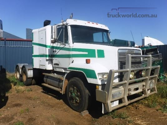 1991 Freightliner FLC112 - Wrecking for Sale