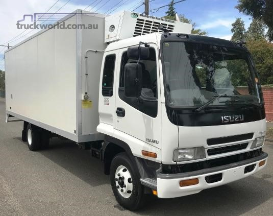 2005 Isuzu FRR Trucks for Sale