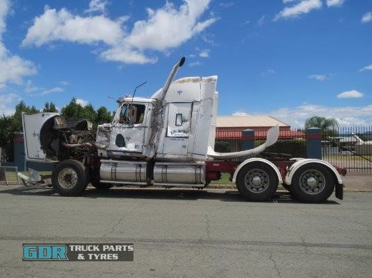 2004 Western Star 4900FX Constellation GDR Truck Parts  - Wrecking for Sale