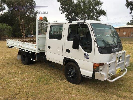 2002 Isuzu NPR 300 Dual Cab Trucks for Sale