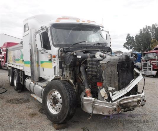 2004 International 9200i - Wrecking for Sale
