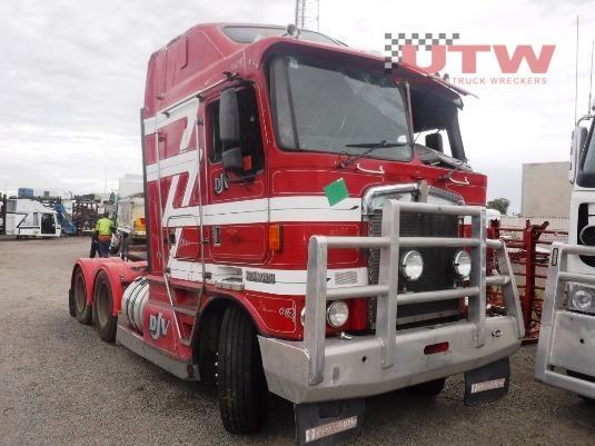 1996 Kenworth K100G Universal Truck Wreckers - Wrecking for Sale