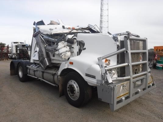 2004 Kenworth T404 - Wrecking for Sale