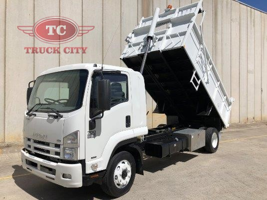 2009 Isuzu FSR 700 Long Truck City - Trucks for Sale