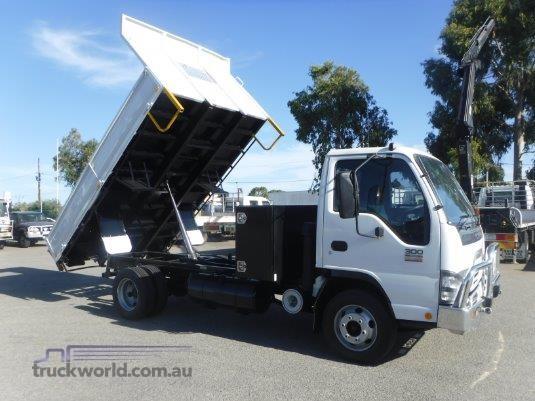 2007 Isuzu NPR 300 Premium Raytone Trucks - Trucks for Sale