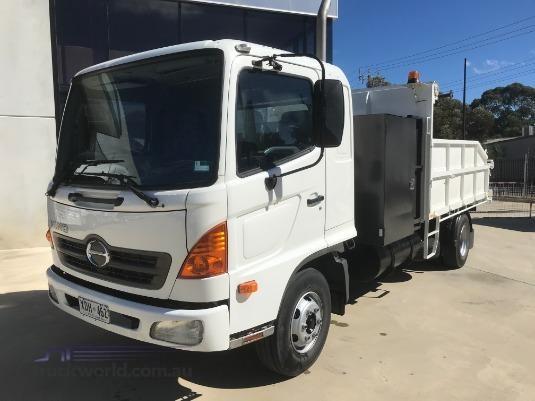 2004 Hino 500 Series 1024 FD Trucks for Sale