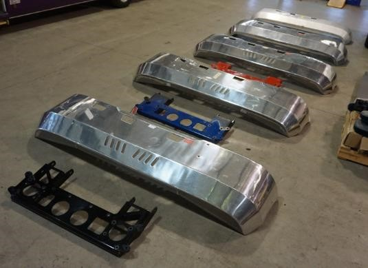 0 Kenworth Cabover Alloy FUPS Bumper Bars - Parts & Accessories for Sale