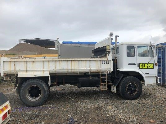 1988 International Acco - Trucks for Sale