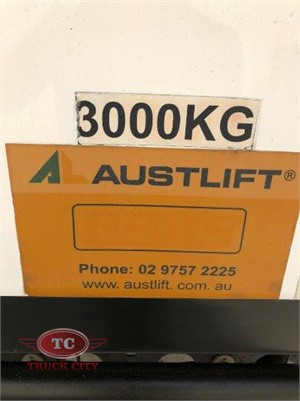 2012 Mitsubishi Fighter 1227 Truck City - Trucks for Sale