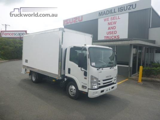 2018 Isuzu NNR 45 150 AMT MWB VanPack Trucks for Sale