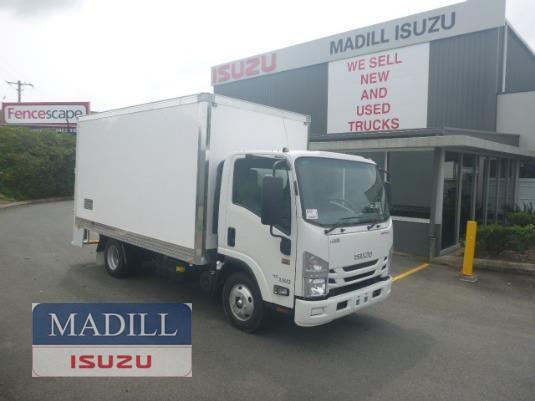 2018 Isuzu NNR 45 150 AMT MWB VanPack - Trucks for Sale