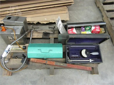 VARIOUS TOOLS - OMARK 330G - PYRCON - FLUID TESTER Auction