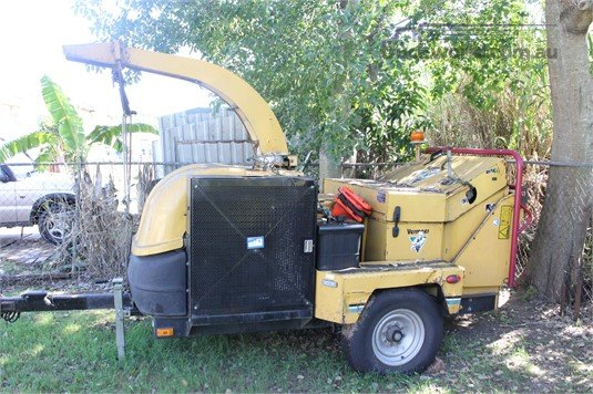 Vermeer BC700XL Wood Chippers - Pull-Behind heavy machinery