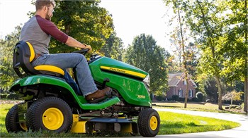 John Deere Adds One-Touch MulchControl Feature To Select Mowers