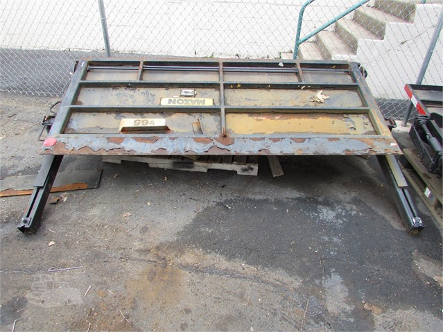 MAXON RCM 1600 RAIL GATE For Sale In Morrisville, Pennsylvania
