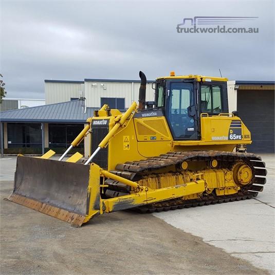 2010 Komatsu other Heavy Machinery for Sale