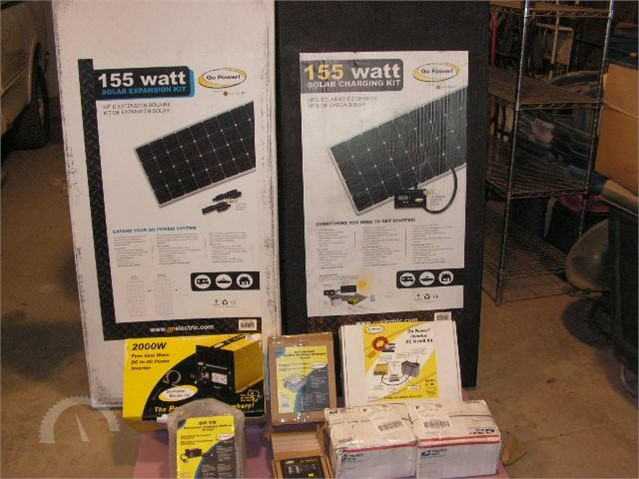 Lot # 3713 - GO POWER COMPLETE SOLAR AND INVERTER SYSTEM