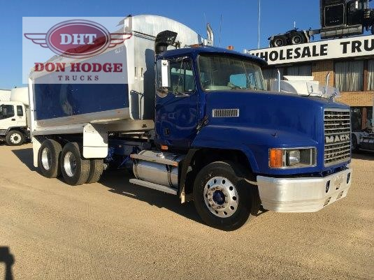 2003 Mack CH Fleetliner Don Hodge Trucks - Trucks for Sale