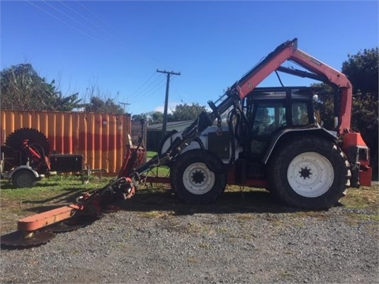 2005 Valtra T190 - Farm Machinery for Sale