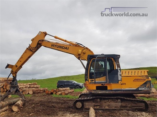 2010 Hyundai Robex 250 LC-9 Heavy Machinery for Sale