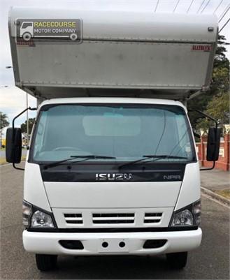 2007 Isuzu NPR 400 Racecourse Motor Company - Trucks for Sale