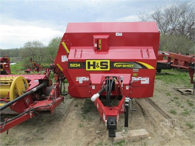 Dry Manure Spreaders For Sale In Michigan - 66 Listings