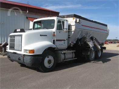 Feed/Mixer Wagon Auction Results - 689 Listings
