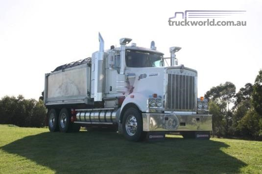 2011 Kenworth T909 Trucks for Sale