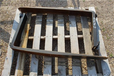 PALLET W/ SET OF FORKS Other Auction Results - 5 Listings