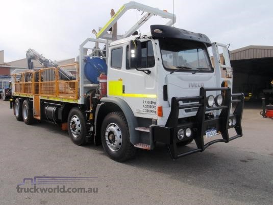 2010 Iveco Acco 8x4 - Trucks for Sale