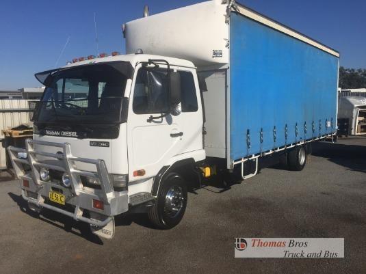 2005 Nissan Diesel UD MK240 Thomas Bros Truck & Bus - Trucks for Sale