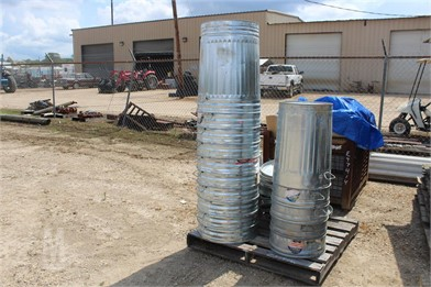 4b818a3e1c95b LOT OF FEED CANS Other Auction Results - 1 Listings